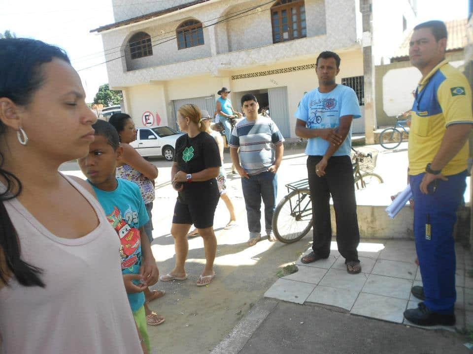 Hoje um carteiro já foi ao bairro. Foto: Luciana Gonçalves.