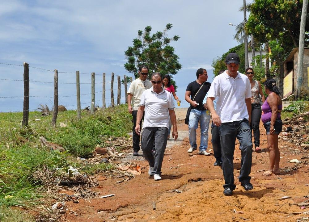 Prefeito visita comunidades. Foto: ACOM/Prefeitura Piúma.