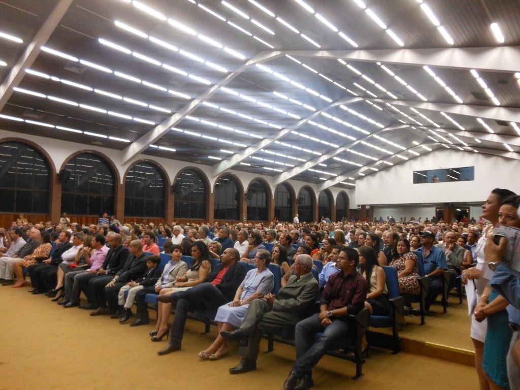 População lotou o auditório. Foto: Jamille Scopel.