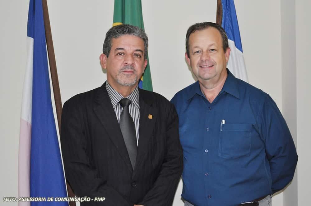 Danilo Bahiense  e Samuel Zuqui. Foto: ASCOM/Prefeitura de Piúma.