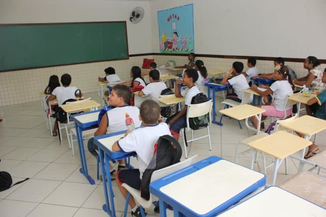 A Defesa Civil já foi chamada para avaliar e liberar o uso das salas. Foto: ASCOM/Prefeitura de Guarapari.