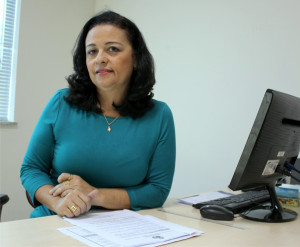 Aurelice, secretária de Saúde.