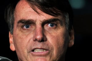 Bolsonaro afirma que emendas ao Orçamento da União aprovadas pela CDH, garantem funcionamentos de ONGs ligadas ao PT.