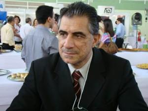 Prefeito Marquinhos quer mais casas populares.