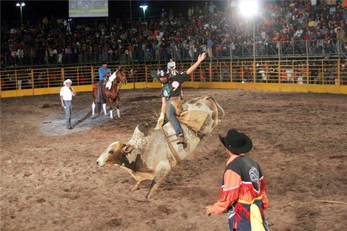 Essa noite acontece o encerramento do evento. Foto: ASCOM/Prefeitura de Alfredo Chaves.