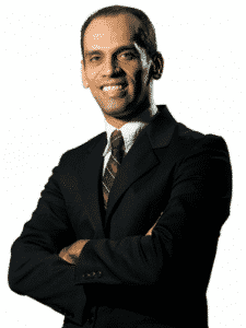 """""""O vereador Thiago atropelou as coisas, ele se adiantou para fazer média com a população"""", diz Oziel."""