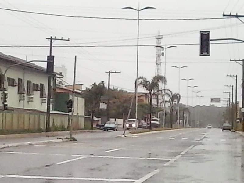Mais um semáforo desligado na Rua Vinte de janeiro. Foto: Wilcler Carvalho Lopes.