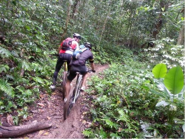 Fazer pedal na área de conservação pode por em risco a fauna e a flora do local. Foto: Iema.