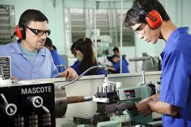 Jovens terão a oportunidade de ganhar uma profissão. Foto: Governo do Estado.