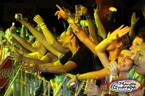 Um Festival musical que ocorre anualmente na cidade de Guarapari-ES