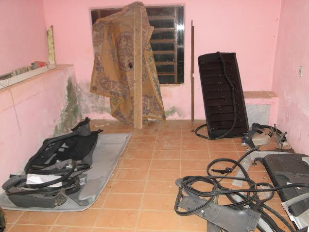 Segundo informações apuradas pela nossa equipe de reportagem, a residência estava alugada por um indivíduo conhecido como Carlão desde setembro do ano passado.