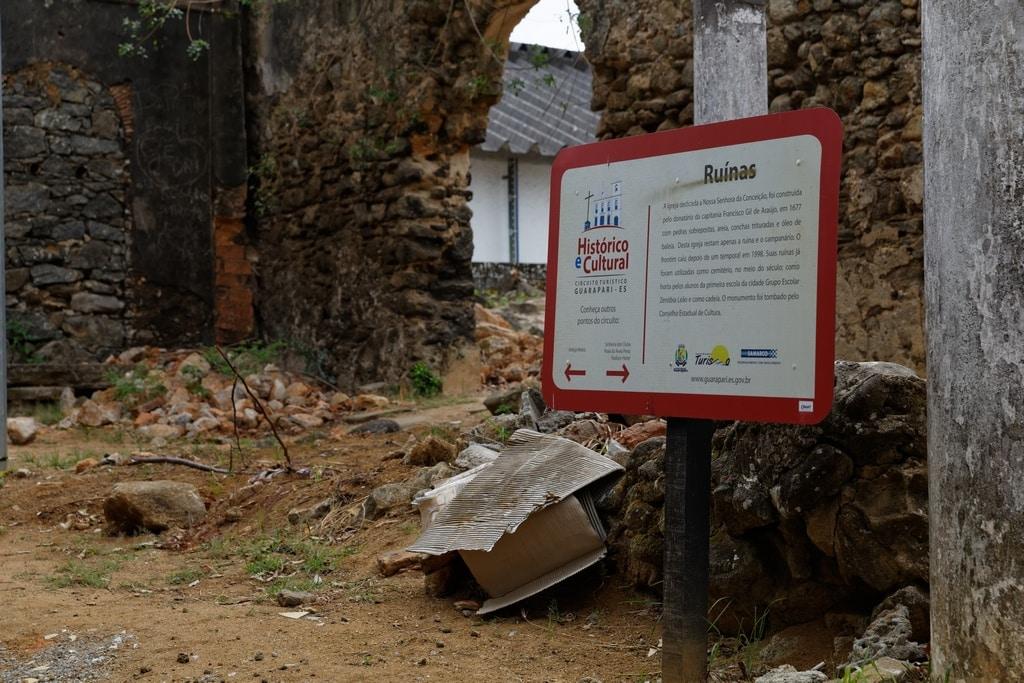 Ruínas Guarapari > Entrada > Desordem Histórica > Foto: Marcelo Moryan