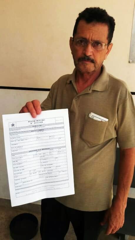 Na delegacia, o senhor de 59 anos registrou o boletim de ocorrência e aguardava um retorno da empresa, para poder voltar para o Mato Grosso.