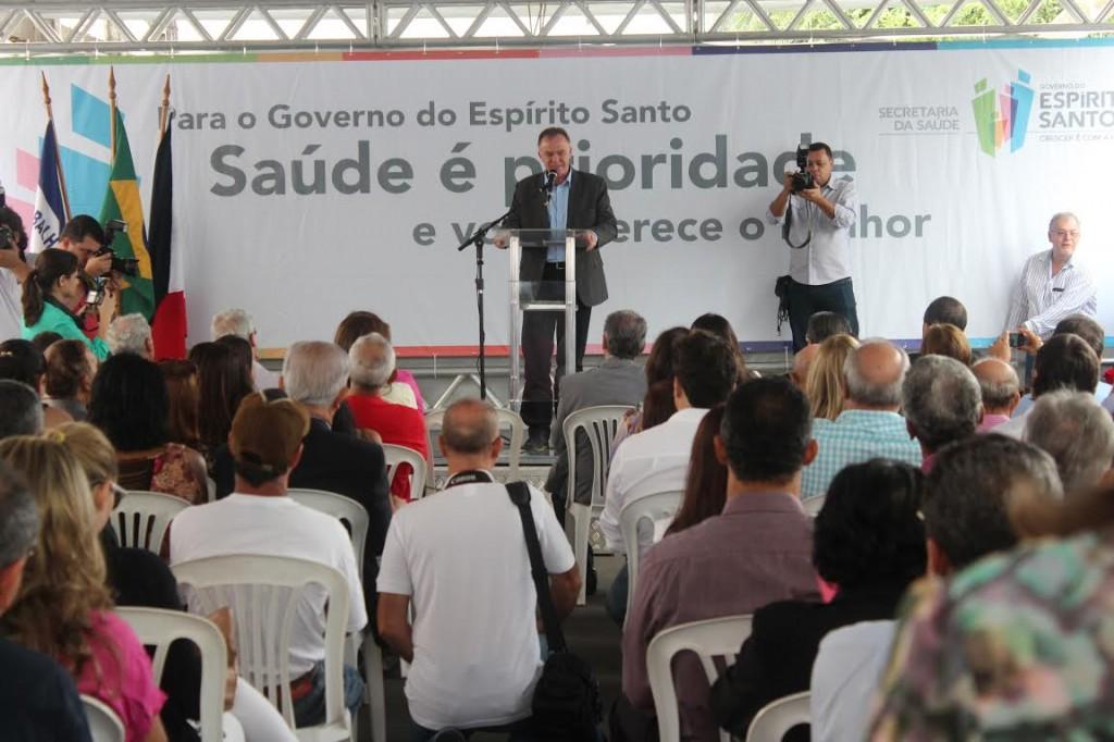 O Governador do Estado disse que vai ajudar a implantar o Hospital Geral em Guarapari.