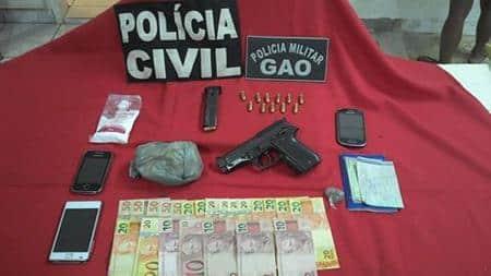 Os detidos e os materiais apreendidos foram encaminhados para o DPJ de Cachoeiro.