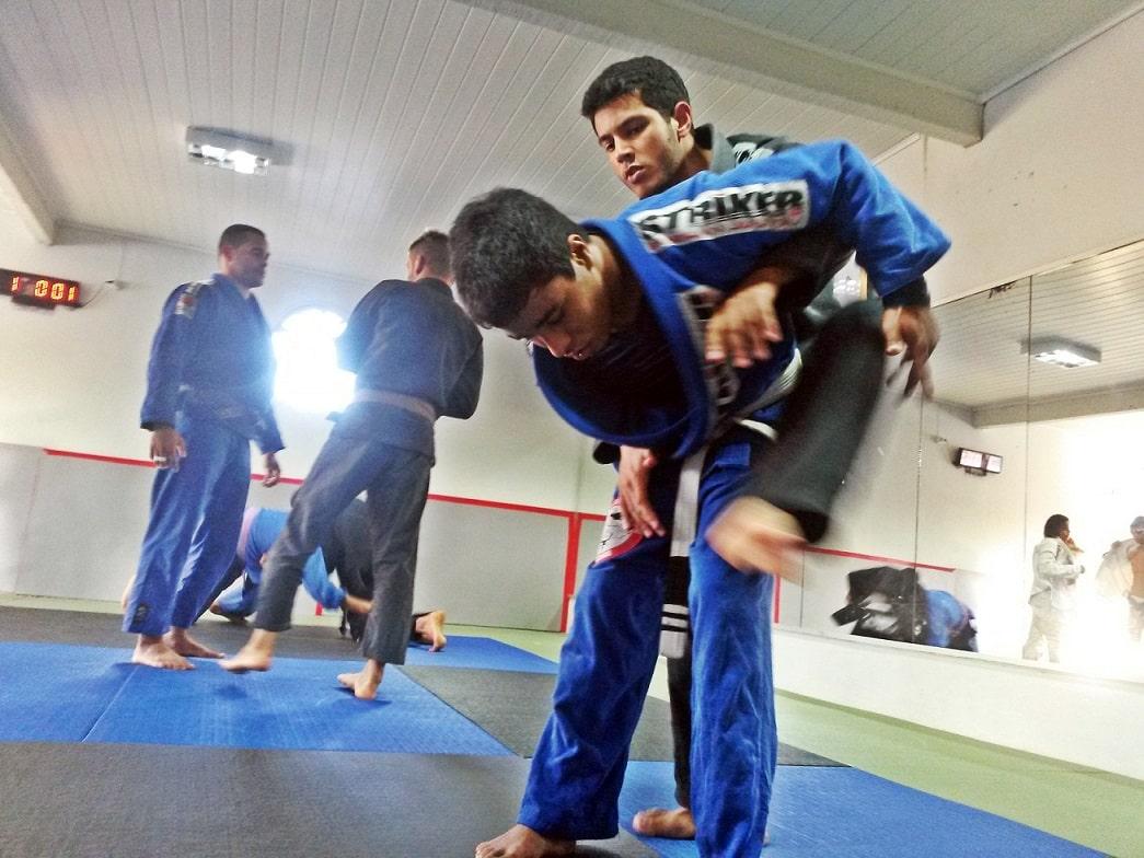 O esporte mudou a vida do jovem Rafael, de 21 anos.