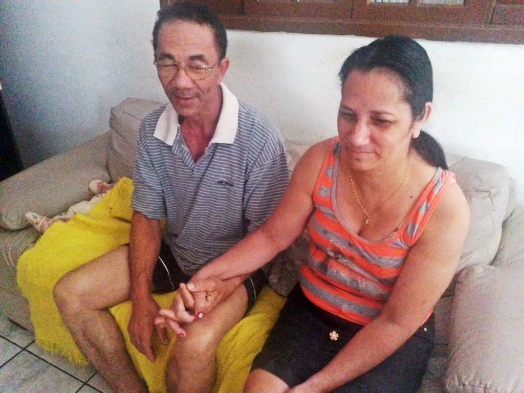 Edson e Fátima voltam a trabalhar  na padaria nesta segunda-feira (11), às 6h da manhã.