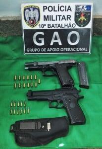 José e seu filho Webert, foram detidos e encaminhados à 5ª Delegacia Regional de Guarapari.