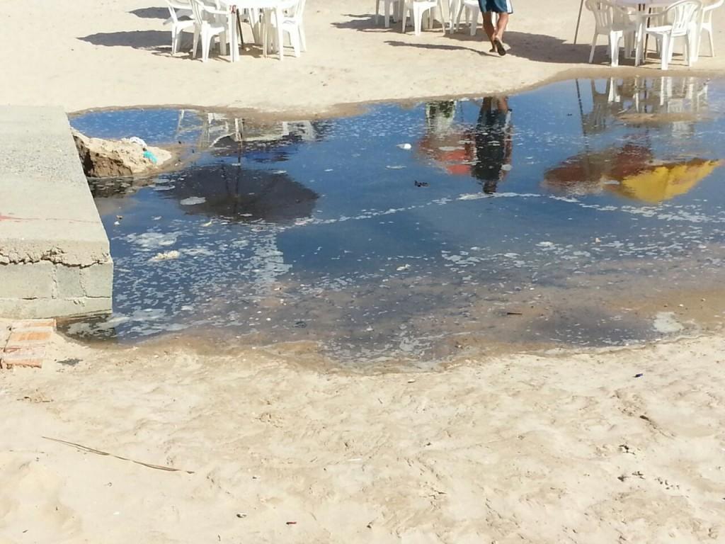 Cabanas que ficam perto do local tiveram que fechar. Foto: Divulgação