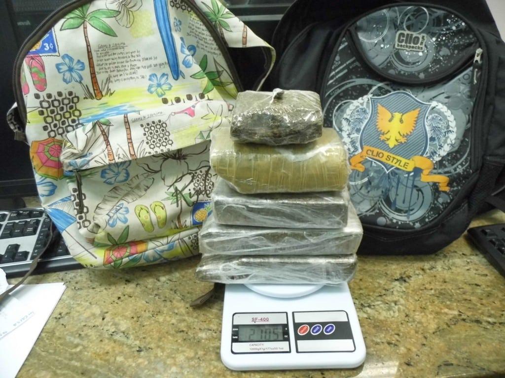 A droga estava escondida dentro do armário do adolescente. Foto: João Thomazelli/Portal 27