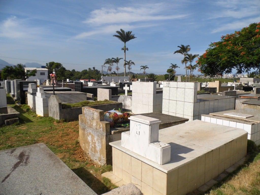 Os cemitérios do Coroado e do Centro estão no limite da ocupação. Foto: João Thomazelli/Portal 27