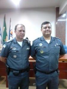 Os tenentes coronéis Marin e Altiere na cerimônia de troca de comando. Foto: João Thomazelli/Portal 27