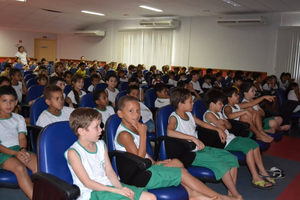 Crianças das escolas públicas irão assistir a filmes capixabas. Foto: Ascom;Alfredo Chaves.