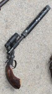 A arma era usada para caça. Foto: João Thomazelli/Portal 27