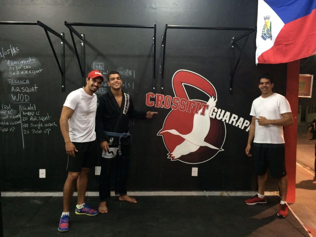 Eduardo além de fazer os treinos de Jiu-Jitsu na Academia Pepê Apolo, faz funcional na CrossFit Guarapari. Foto: Arquivo Pessoal.