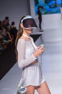 Tamara Kikhofel desfilando no Vitória Moda. Foto: Divulgação MB Models