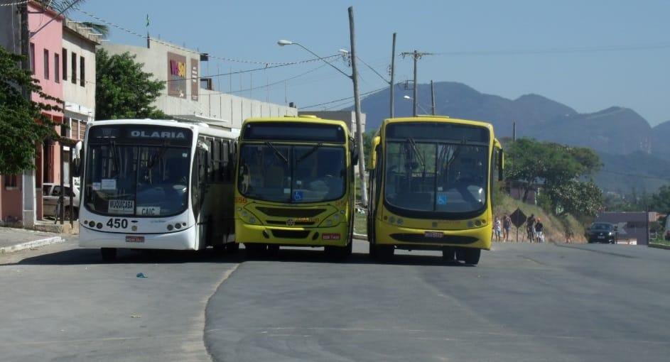 """""""Agora é guerra"""", diz um motorista de ônibus. Foto: João Thomazelli/Portal 27"""