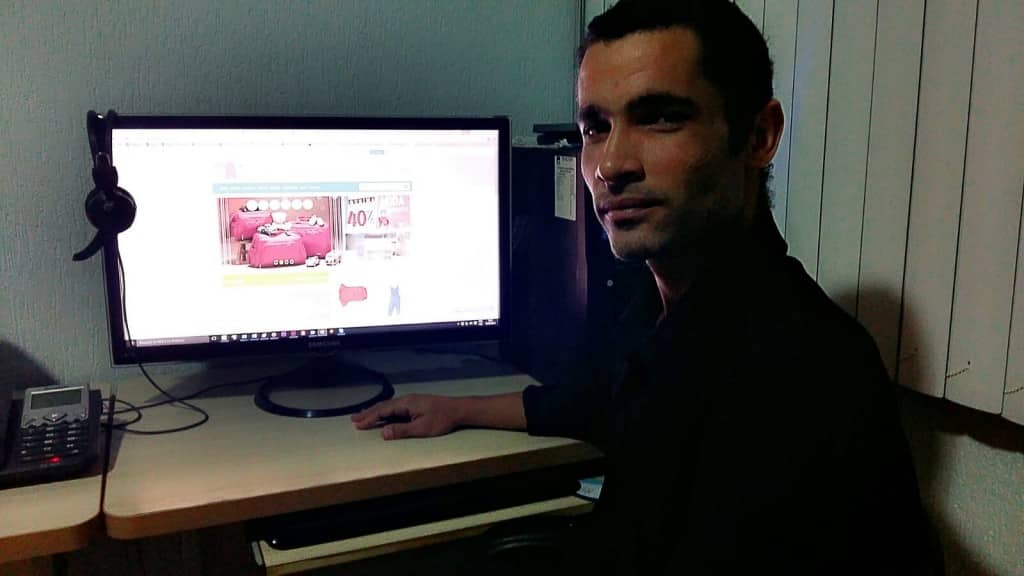 Renato Ferraz trabalha com Marketing de conteúdo há 7 anos e seus sites recebem mais de 2 milhões de visitantes todos os mêses