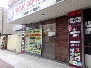 O restaurante que foi alvo dos assaltantes fica há menos de 50 metros da sede do 10º Batalhão da Polícia Militar. Foto.; João Thomazelli/Portal 27