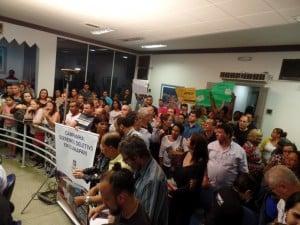 A audiência foi tumultuada em alguns momentos e várias denúncias foram feitas. Foto: João Thomazelli/Portal 27