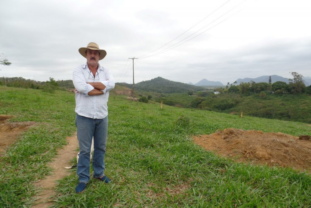 Josias já teve um prejuízo de R$ 30 mil com os roubos em sua propriedade. Foto: João Thomazelli/Portal 27
