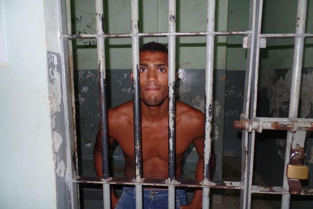Raí admitiu o furto e disse que é tudo por causa do vício de drogas. Foto: João Thomazelli/Portal 27