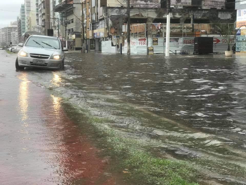 Chuvas causam estragos em cidades capixabas - Portal 27 ...